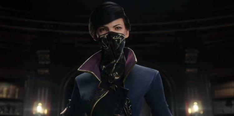 emily-masked
